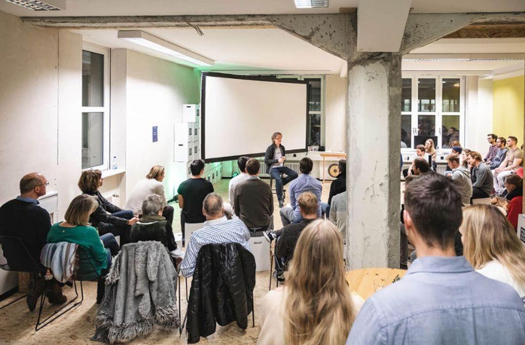 Ein Start-up-Treffen in Stuttgarter Gründerzentrum Steyg. Die Sorgen der Gründer wachsen. Foto: Steyg