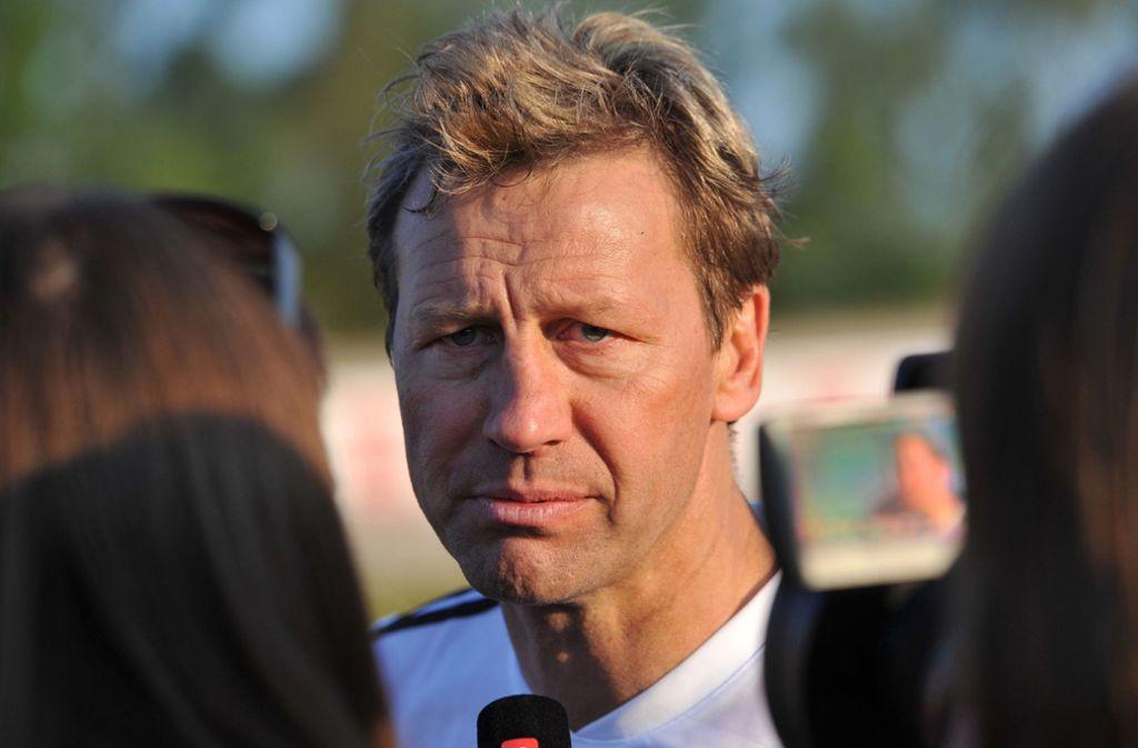 Der 58-Jährige erneuerte seine Kritik am ehemaligen VfB-Sportvorstand Reschke. Foto: dpa