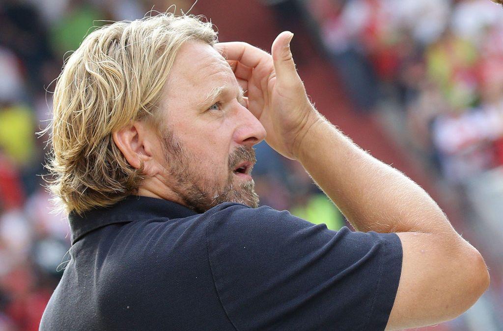 Sven Mislintat äußert sich zu den Verletzungsfällen beim VfB Stuttgart. Foto: Pressefoto Baumann/Hansjürgen Britsch