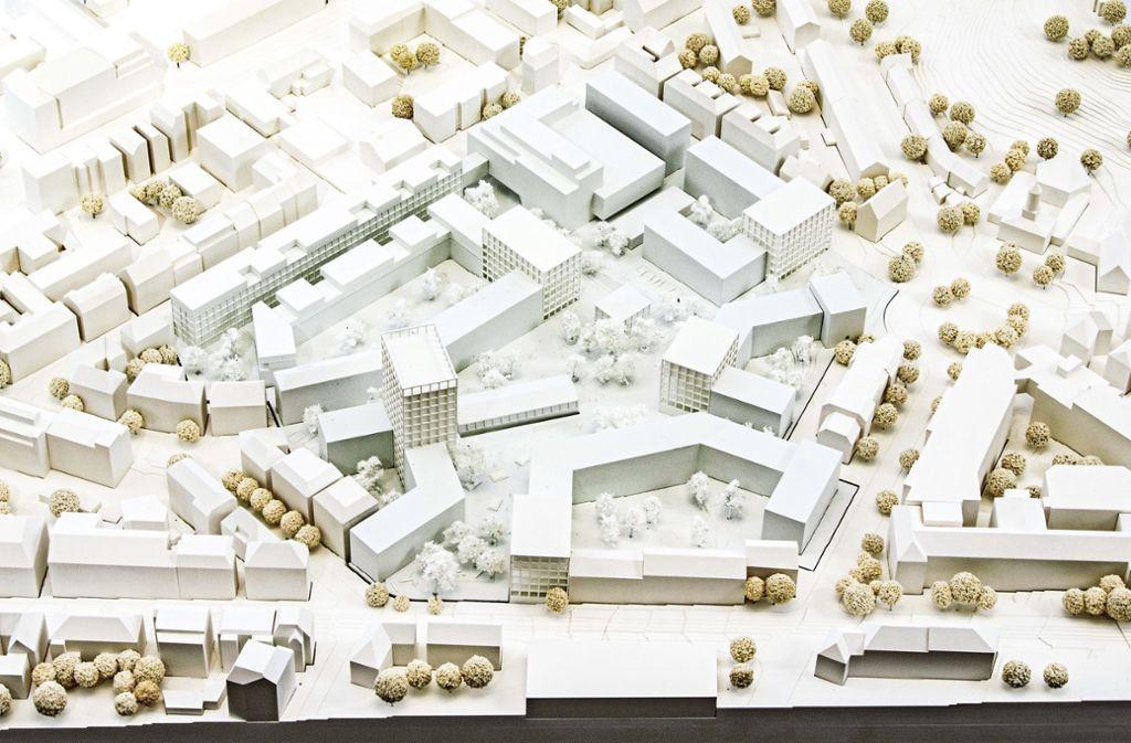 So könnte das neue Stöckach-Areal einmal aussehen. Unten am Bildrand verläuft die Hackstraße, rechts der runde Heilandsplatz mit der Heilandskirche. Foto: EnBW/tong+