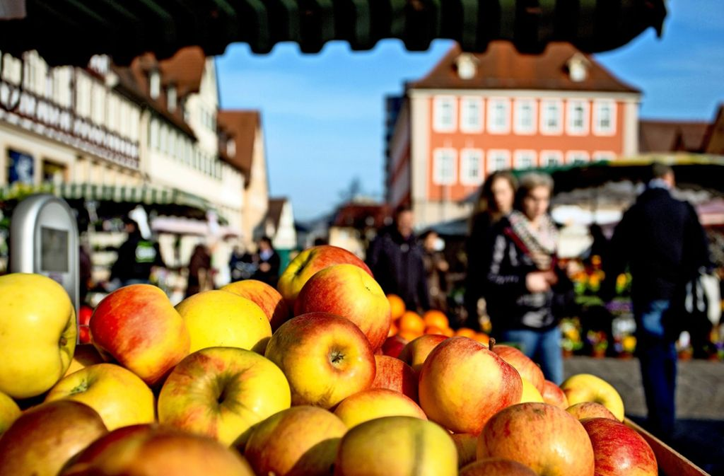 Der Schorndorfer Marktplatz zählt zu den schönsten in Süddeutschland, der Markt soll ebenfalls attraktiv bleiben. Foto: Frank Eppler (Archiv)