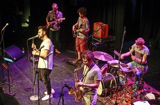 Musiker bringen Jugendlichen den Groove bei