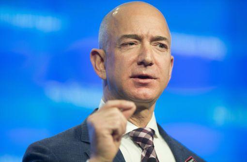 Amazon-Chef präsentiert Modell einer Mondlandefähre