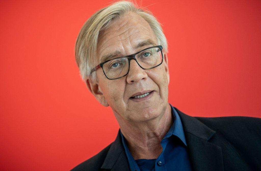 """Fraktionschef Dietmar Bartsch (Linke) fordert, dass der Begriff """"Rasse"""" aus dem Grundgesetzt gestrichen wird. Foto: dpa/Michael Kappeler"""