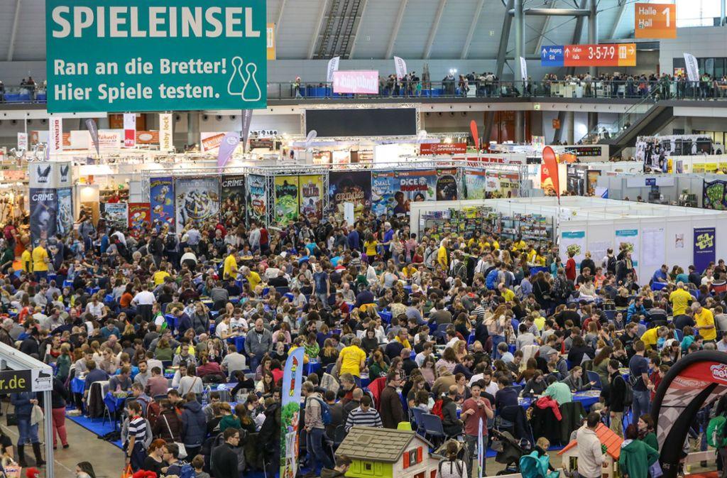 Der Andrang bei der Kreativ-Messe ist riesig. Foto: Lichtgut/Christoph Schmidt