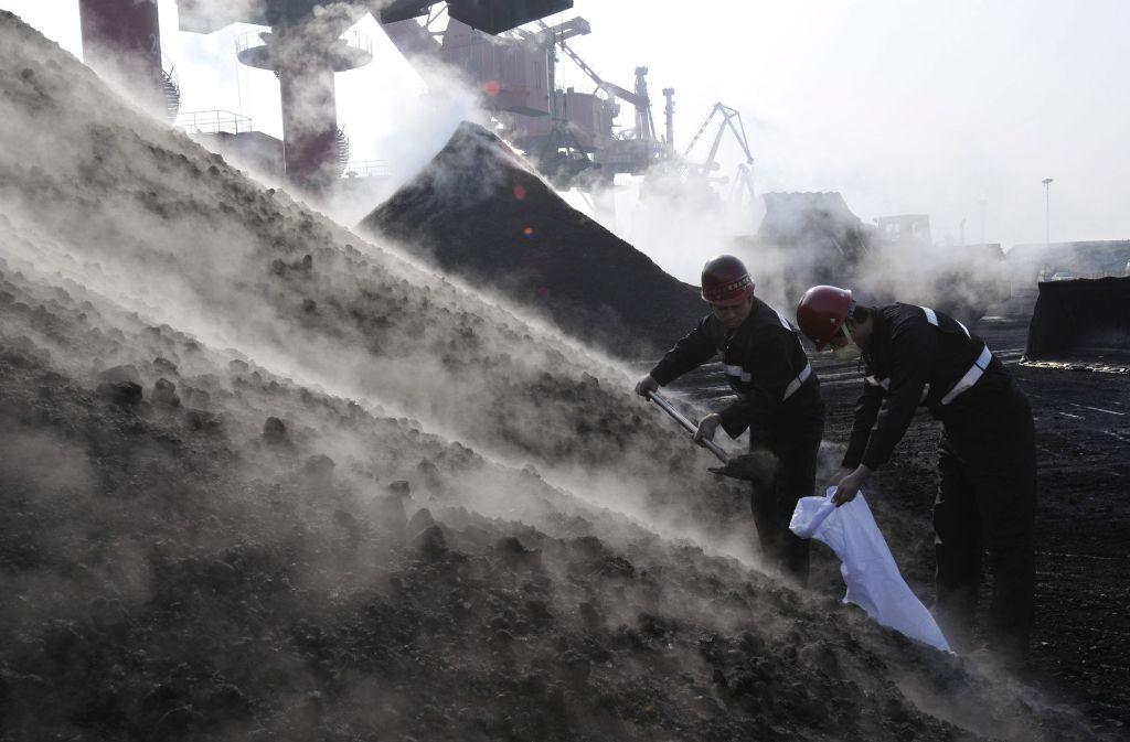 In China schließen sich zwei Staatskonzerne zum größten Energieversorger der Welt zusammen. (Symbolbild) Foto: dpa
