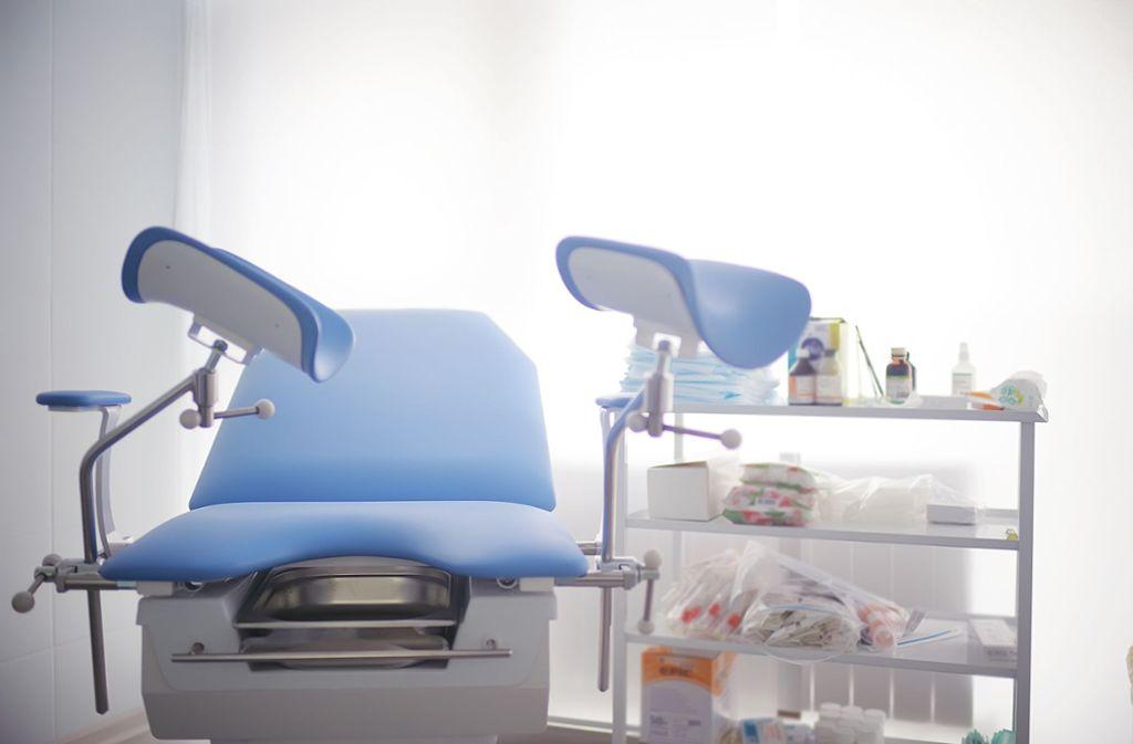 Der Gang zum Frauenarzt ist nicht immer angenehm – Angst brauchen Frauen aber nicht zu haben. Foto: shutterstock/ Kichigin/Kichigin
