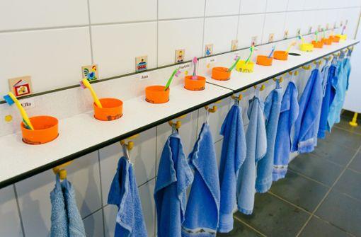 Abstandsgebote sollen in Kitas und Grundschulen wegfallen