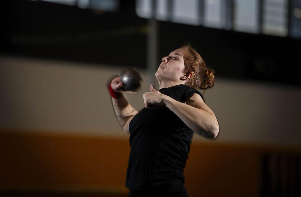 Alina Kenzel aus Remshalden will im nächsten Jahr an der 18-Meter-Marke kratzen. Foto: Gottfried Stoppel