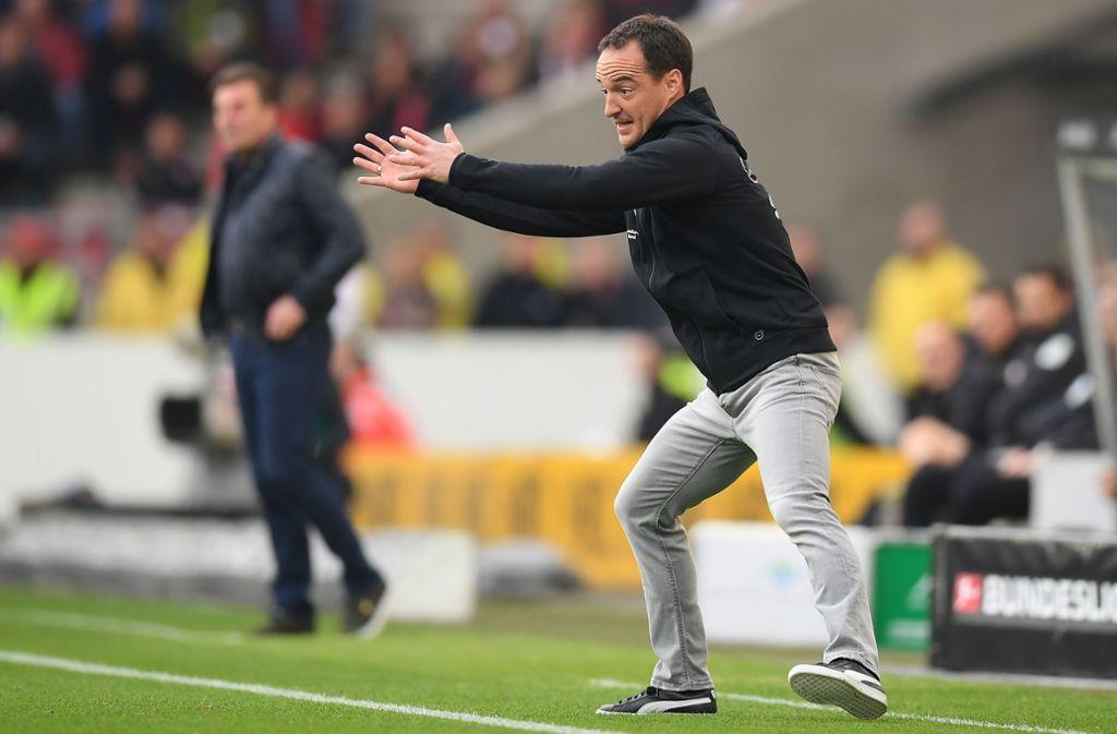 Ganz in seinem Element: Trainer Nico Willig bei seiner Bundesligapremiere für den VfB Stuttgart. Foto: Getty