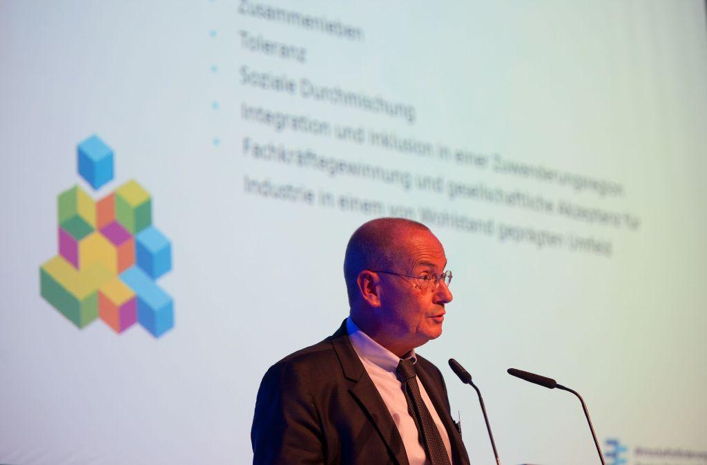 Der regionale Wirtschaftsförderer Walter Rogg stellt das Projekt vor. Foto: Lichtgut/Oliver Willikonsky