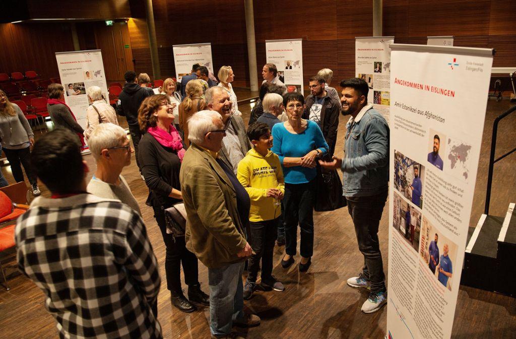 """Bei der Veranstaltung """"Meine Wurzeln"""" berichten Flüchtlinge, wie sie in Eislingen angekommen sind. Foto: /Ines Rudel"""