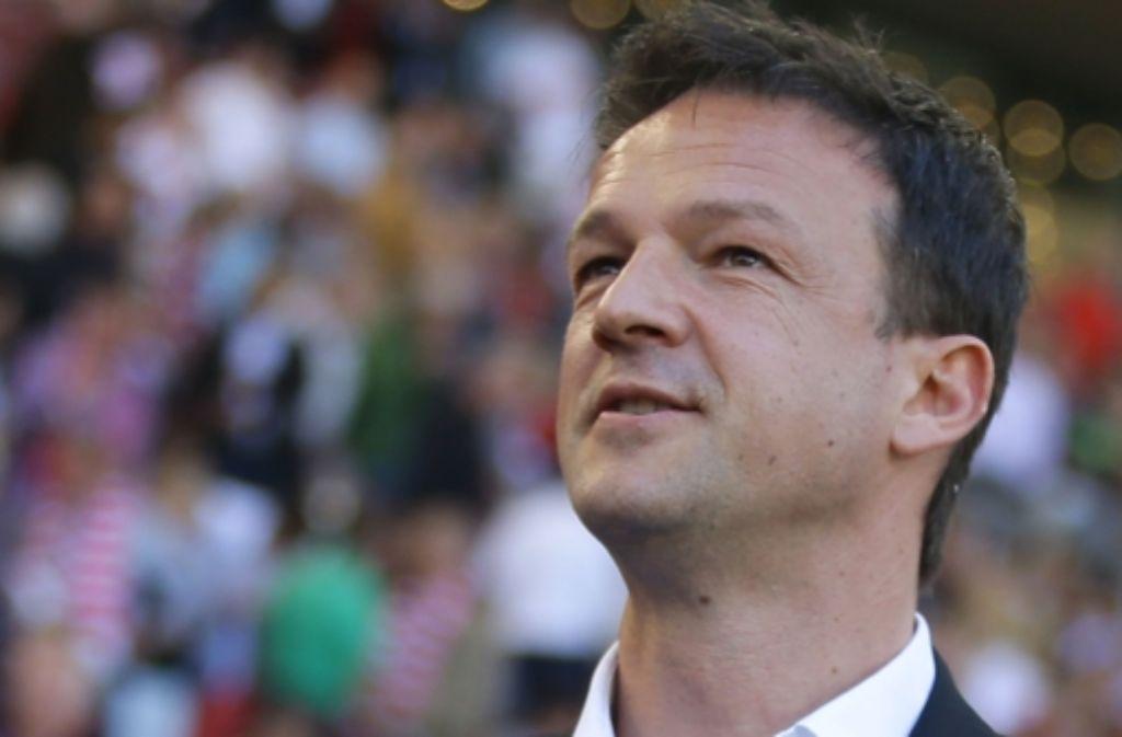 """Fredi Bobic will  in die Tabelle """"vorne rein"""" Foto: Pressefoto Baumann"""