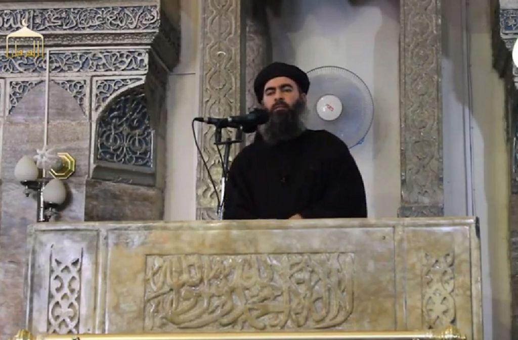 Der Anführer der Extremistenmiliz Islamischer Staat, Abu Bakr al-Bagdadi, lebt wohl doch noch. Foto: dpa