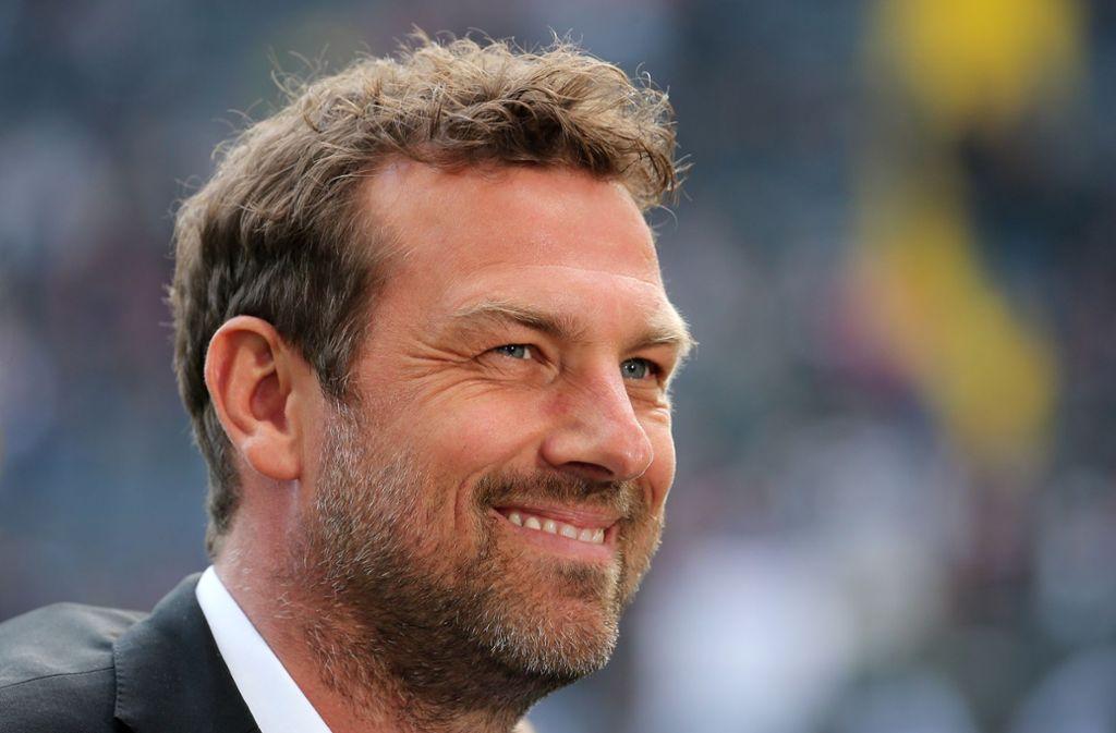 Markus Weinzierl hatte sich für eine defensive Aufstellung entschieden. Foto: Pressefoto Baumann