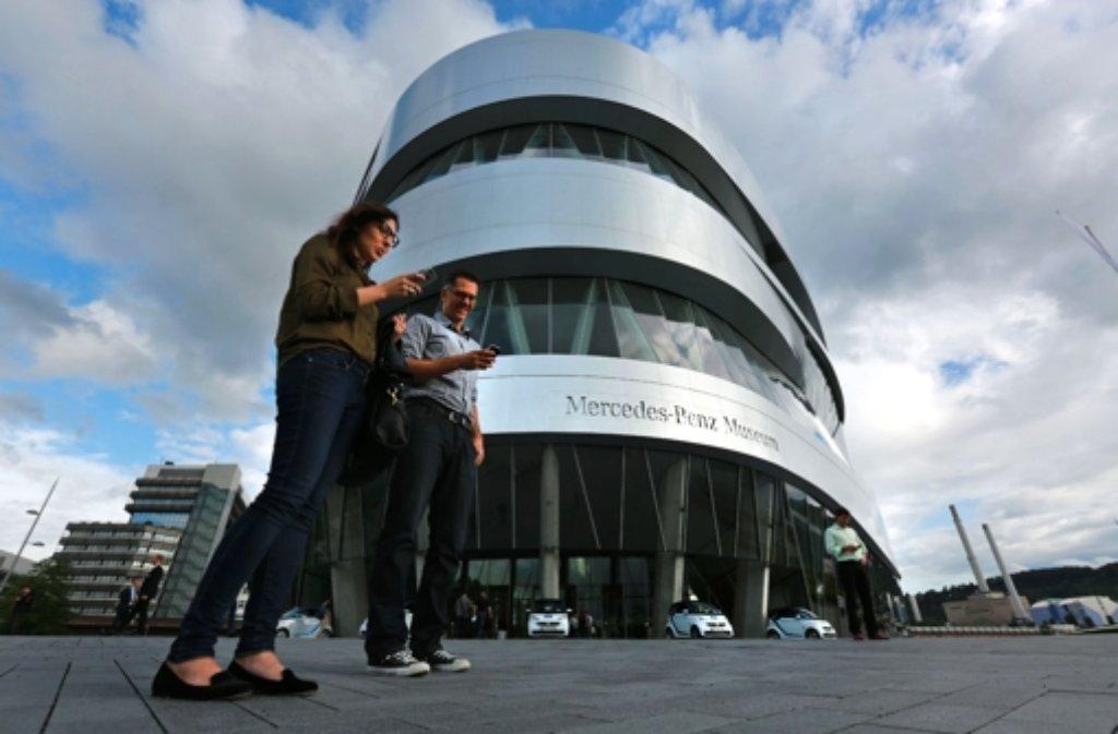 Im Mercedes-Benz-Museum findet regelmäßig die Mercedes-Benz Social Media Night statt. Foto: Michael Steinert