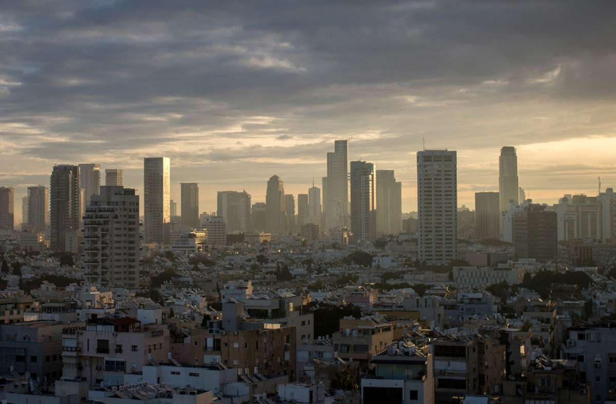 Geschäfte mit Unternehmen aus Tel Aviv in Israel war Bürgern der Vereinigten Arabischen Emirate bisher verboten. Das soll sich nun ändern. Foto: Getty Images/Chris McGrath