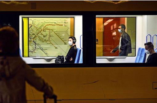 Wie Bus und Bahn Fahrgäste locken wollen