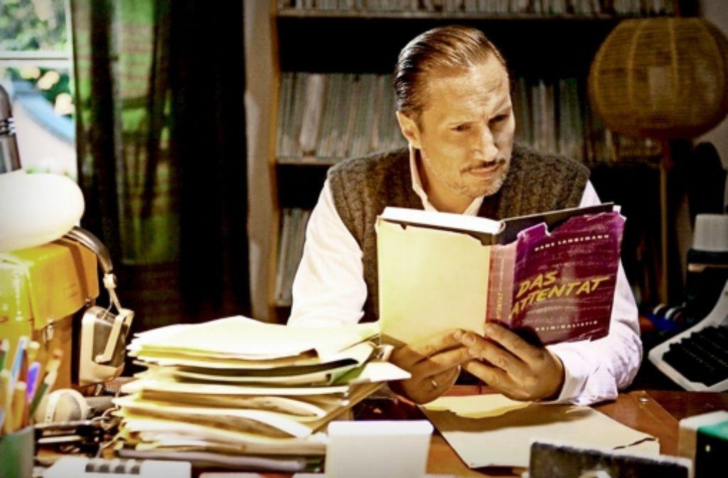 """Hartnäckiger Journalist:  Benno Fürmann als Ulrich Chaussy  in  dem Spielfilm  """"Der blinde Fleck"""" Foto: WDR"""