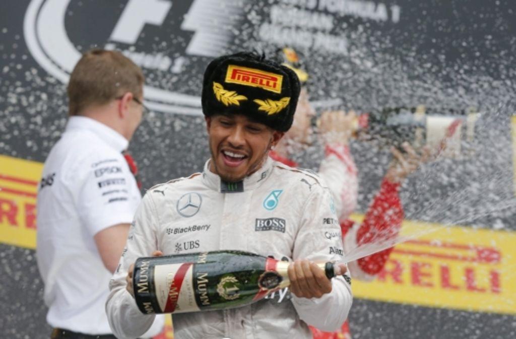 Lewis Hamilton wird für die Konkurrenz  in diesem Jahr wohl nicht mehr einholbar sein Foto: dpa