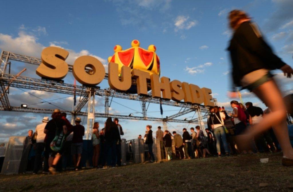 Beim Southside Festival in Neuhausen ob Eck spielen rund 100 Bands. Die Veranstalter erwarten etwa 60.000 Fans. Foto: dpa