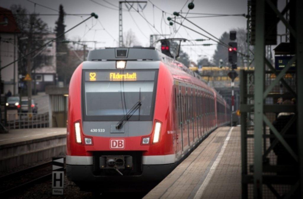 Eine Weichenstörung beim Bahnhof Vaihingen führt zu massiven Behinderungen im S-Bahn-Verkehr. Foto: Lichtgut/Achim Zweygarth