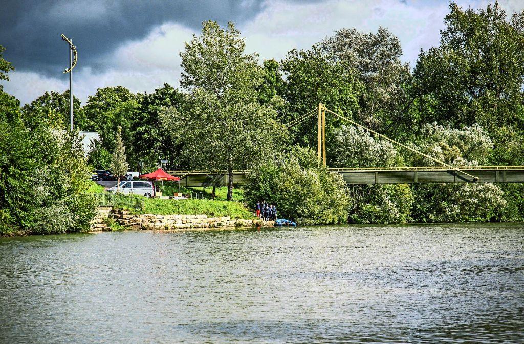 Ein nächtliches Trinkgelage am Ufer endete tödlich. Foto: SDMG