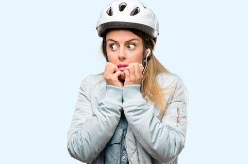 Niemals ohne meinen Helm, lautet das Motto des ängstlichen Kann-immer-was-passieren-Radlers.