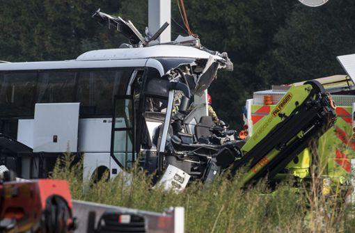 Deutscher Bus mit Jugendlichen verunglückt – 13 Verletzte