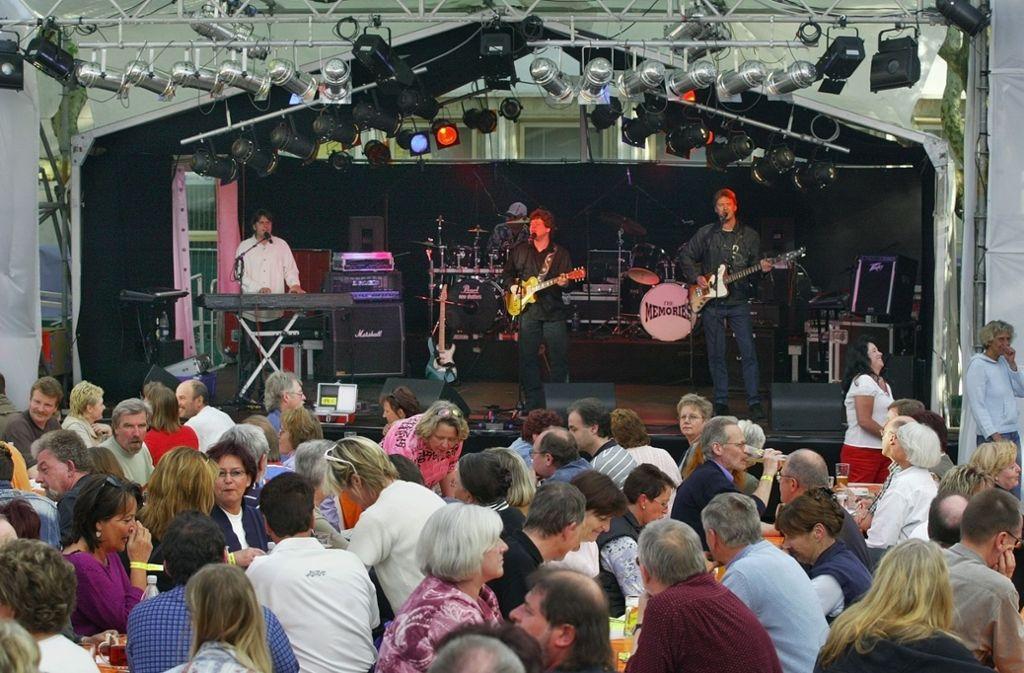 Drei Tage lang rocken die Bands bei den Oldie-Nights den Esslinger Hafenmarkt. Foto: