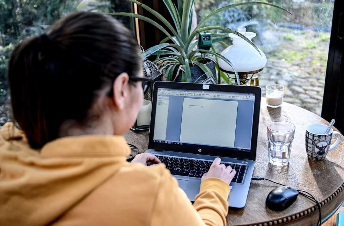 Jeder Vierte Deutsche Arbeitnehmer arbeitet aktuell ausschließlich im Homeoffice. Foto: dpa/Britta Pedersen