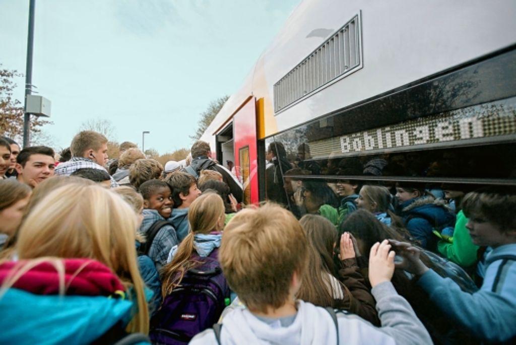Die Züge der Schönbuchbahn sind zumeist überfüllt. Foto: factum/Archiv