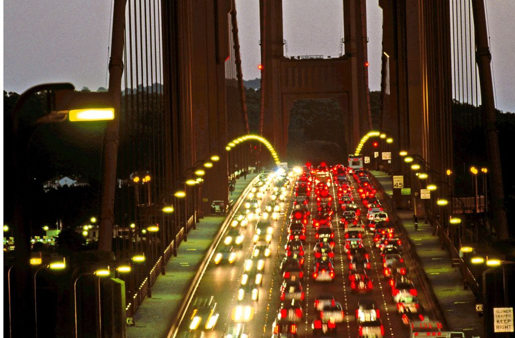 Stau auf der Golden Gate Bridge in San Francisco Foto: Mauritius