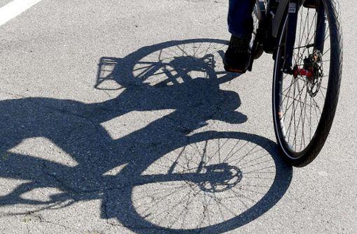 Zwei Radfahrer kollidieren