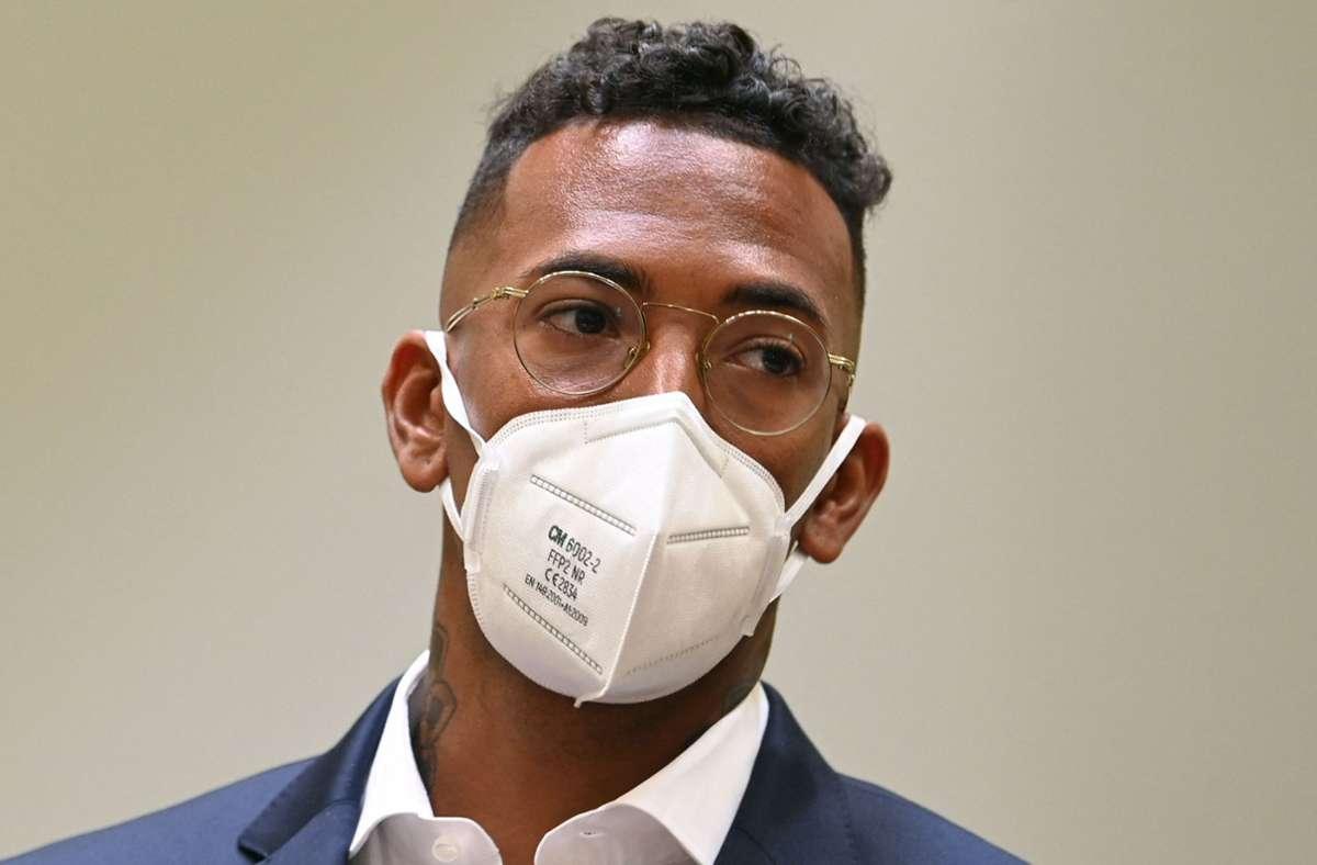 Jérôme Boateng am Donnerstag in München im Gerichtssaal. Foto: AFP/CHRISTOF STACHE