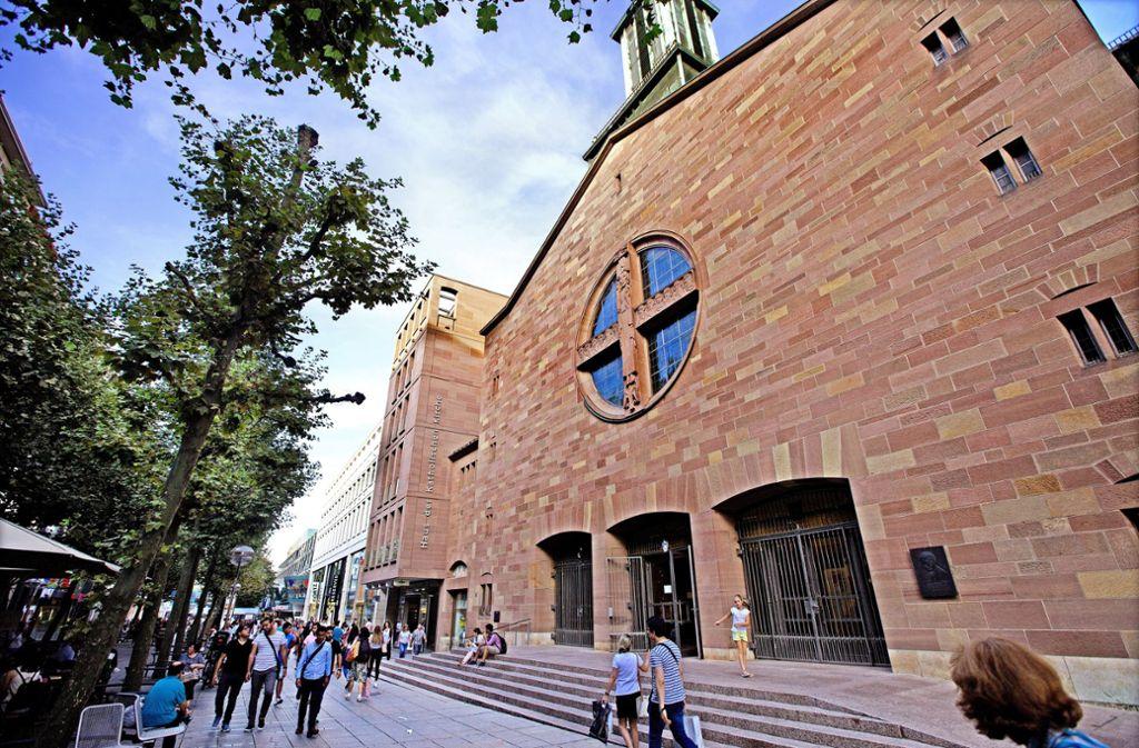 Das Haus der Katholischen Kirche  ist  mit dem Eberhardsdom verbunden. Foto: Horst Rudel