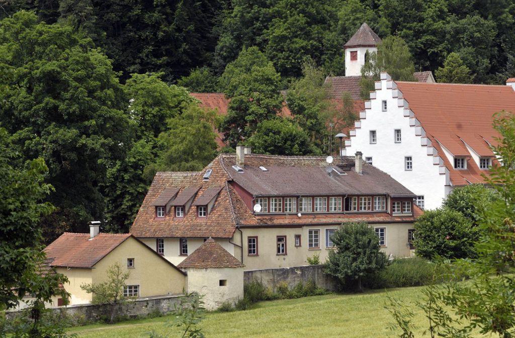Der 31-Jährige hatte einen Mitschüler der Urspringschule mit Messerstichen getötet. Foto: picture-alliance/ dpa/Stefan Puchner