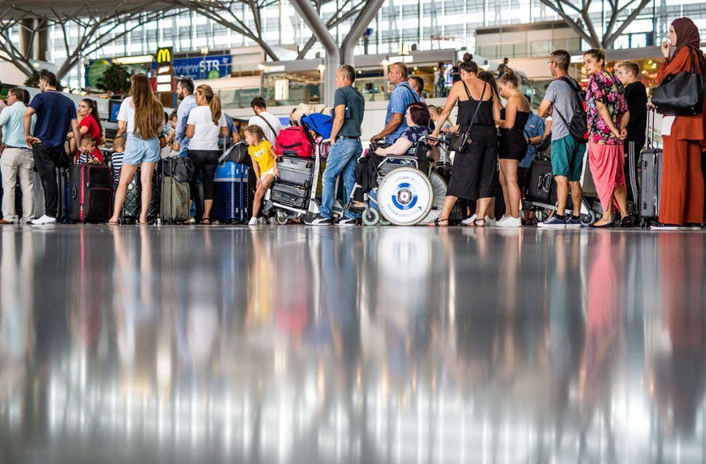 Im kommenden Jahr rechne der Flughafen dann mit einem leichten Rückgang auf rund 12,2 bis 12,3 Millionen Passagiere. Foto: Lichtgut/Christoph Schmidt/Christoph Schmidt