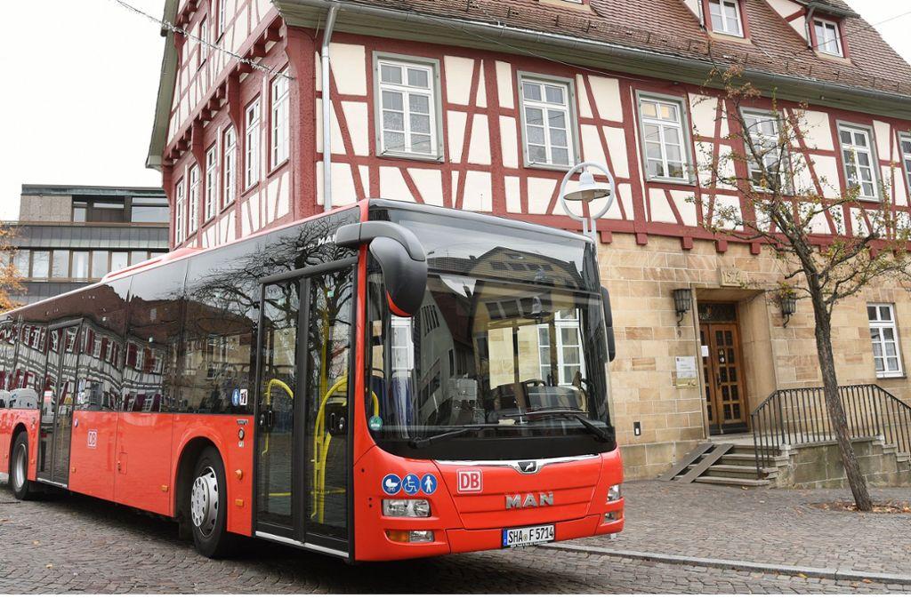 Von Dezember an rollen diese Busse quer über die Filder. Foto: Günter Bergmann