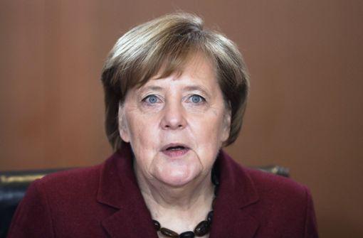 Kanzlerin Angela Merkel bedauert britische Entscheidung
