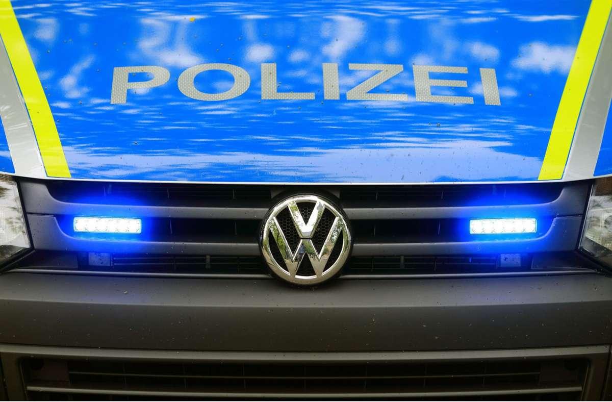 Die Polizei hat ihre Ermittlungen aufgenommen. (Symbolbild) Foto: dpa/Jens Wolf