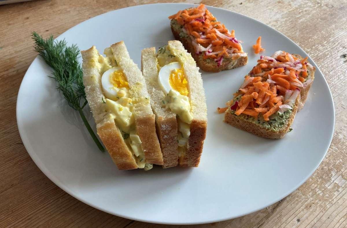 Die Egg-Salad-Sandwiches und das Brot mit Karotten und Rettich als Belag: eine vernünftige Alternative zum Wurstbrot Foto: Kathrin /Haasis