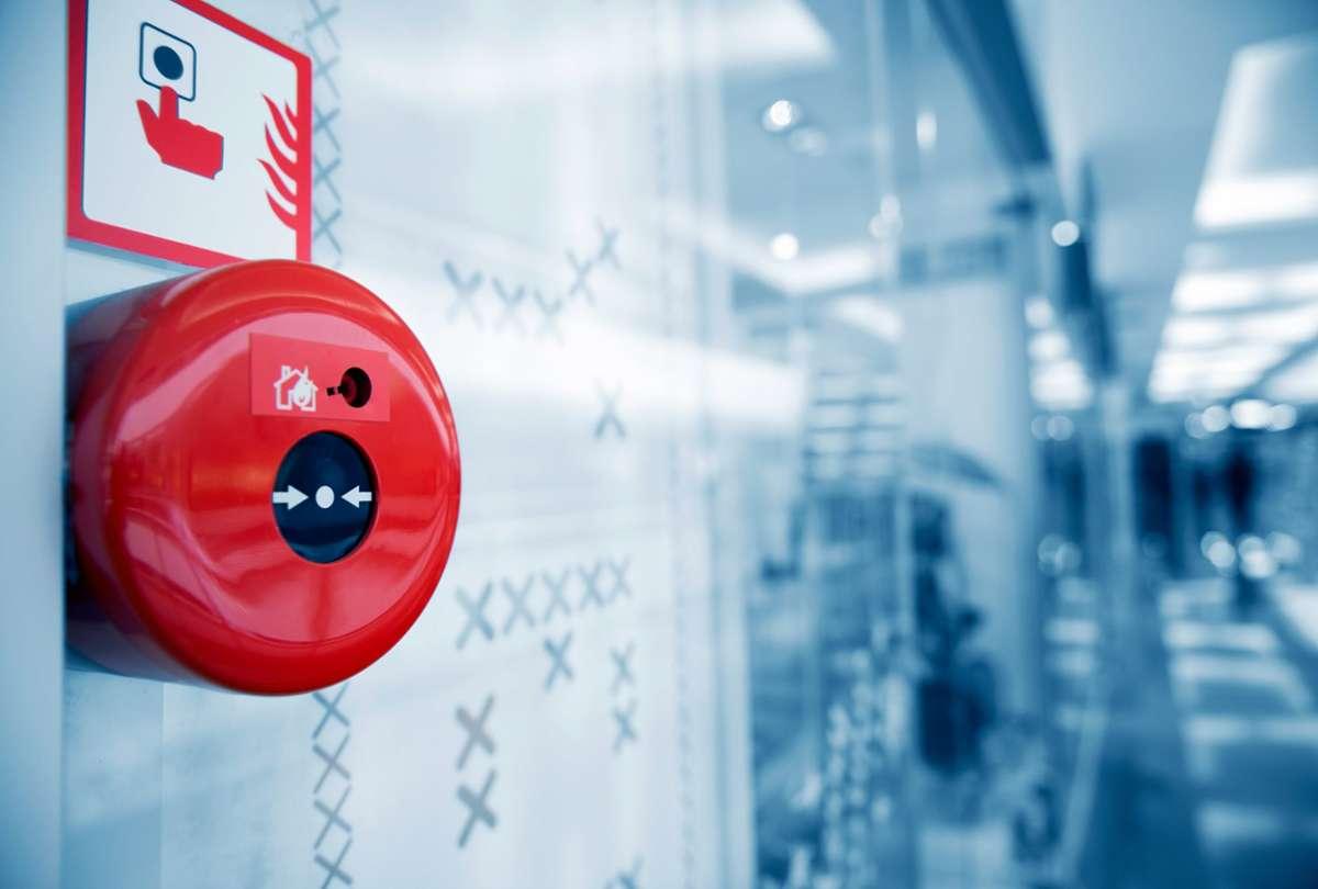 Elektrizität ist die häufigste Brandursache und damit ein guter Ansatzpunkt für vorbeugenden Brandschutz.  Foto: Shutterstock
