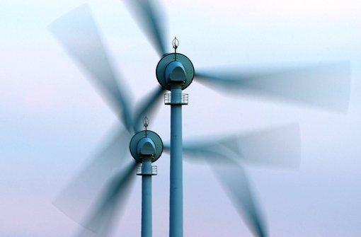 Die Stadtwerke wollen weitere Windräder zukaufen. Foto: dpa