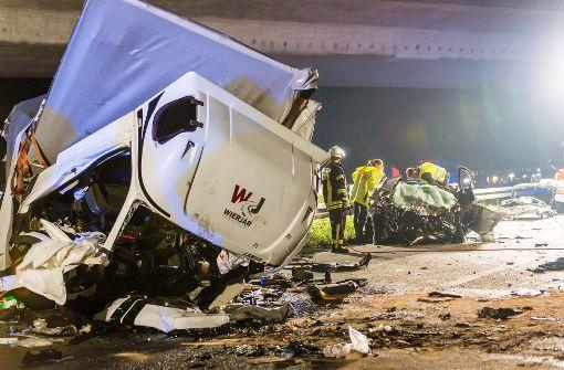 Falschfahrer verursacht Unfall mit drei Toten
