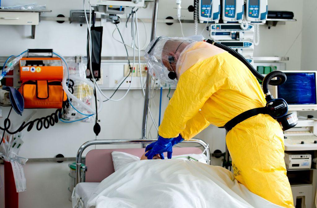 Drei weitere Coronavirus-Fälle in Bayern sind bestätigt worden. (Symbolfoto) Foto: picture alliance / dpa/Sven Hoppe