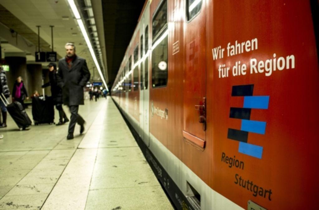 Noch nie sind so viele Menschen mit den S-Bahnen in der Region gefahren wie im vergangenen Jahr. Aber auch noch nie sind diese  so häufig zu spät gekommen. Foto: Lichtgut/Leif Piechowski