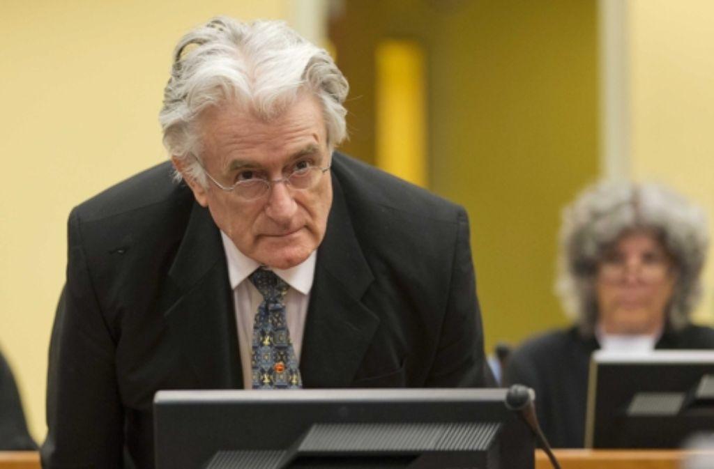 Radovan Karadzic vor dem UN-Kriegsgerichtstribunal in Den Haag.  Foto: REUTER POOL