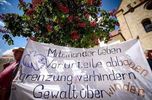 Flüchtlinge demonstrieren gegen Vorgehen der Polizei