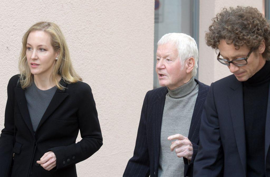 Anton Schlecker (Mitte) mit seinen Kindern Meike und Lars. Foto: dpa
